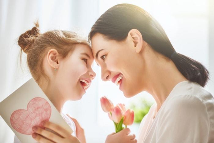 ngày của mẹ nên tặng gì, ngày của mẹ có nguồn gốc xuất xứ từ quốc gia nào, ngày của mẹ tặng gì, ngày của mẹ mua gì, ngày của mẹ tặng quà gì, ngày của mẹ nên mua gì, ngày của mẹ tặng hoa gì, ngày của mẹ nên làm gì, lời chúc ngày của mẹ hay nhấ