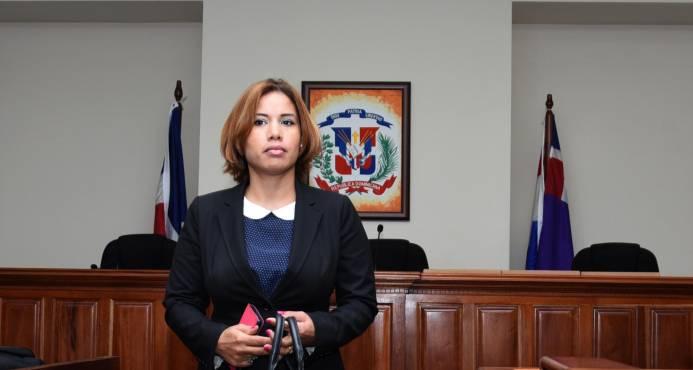 Procuraduría cita a exjueza Awilda Reyes Beltré para el martes por riña con otra mujer