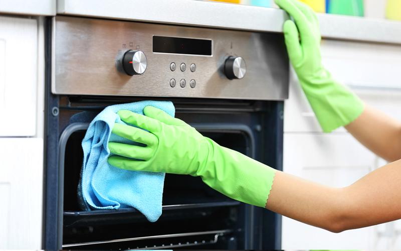 Cara Membersihkan Oven Listrik