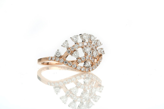 Entice Alina Collection_ All diamond ring in rose gold