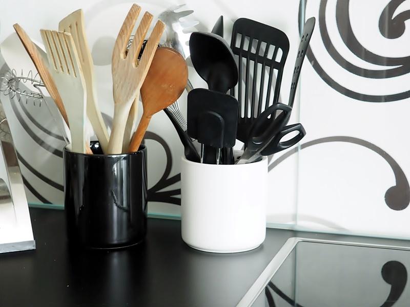 black and white kitchen details