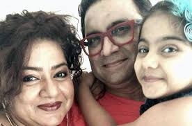 Arsheen Namdaar Family Husband Son Daughter Father Mother Age Height Biography Profile Wedding Photos
