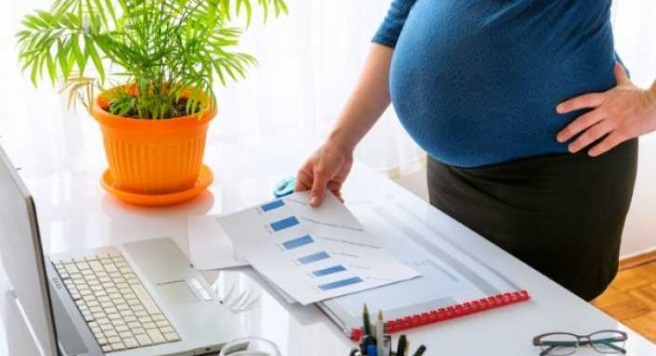 Hamile İşçiyi Çıkaran İşveren Ayrımcılık Tazminatı Ödeyecek