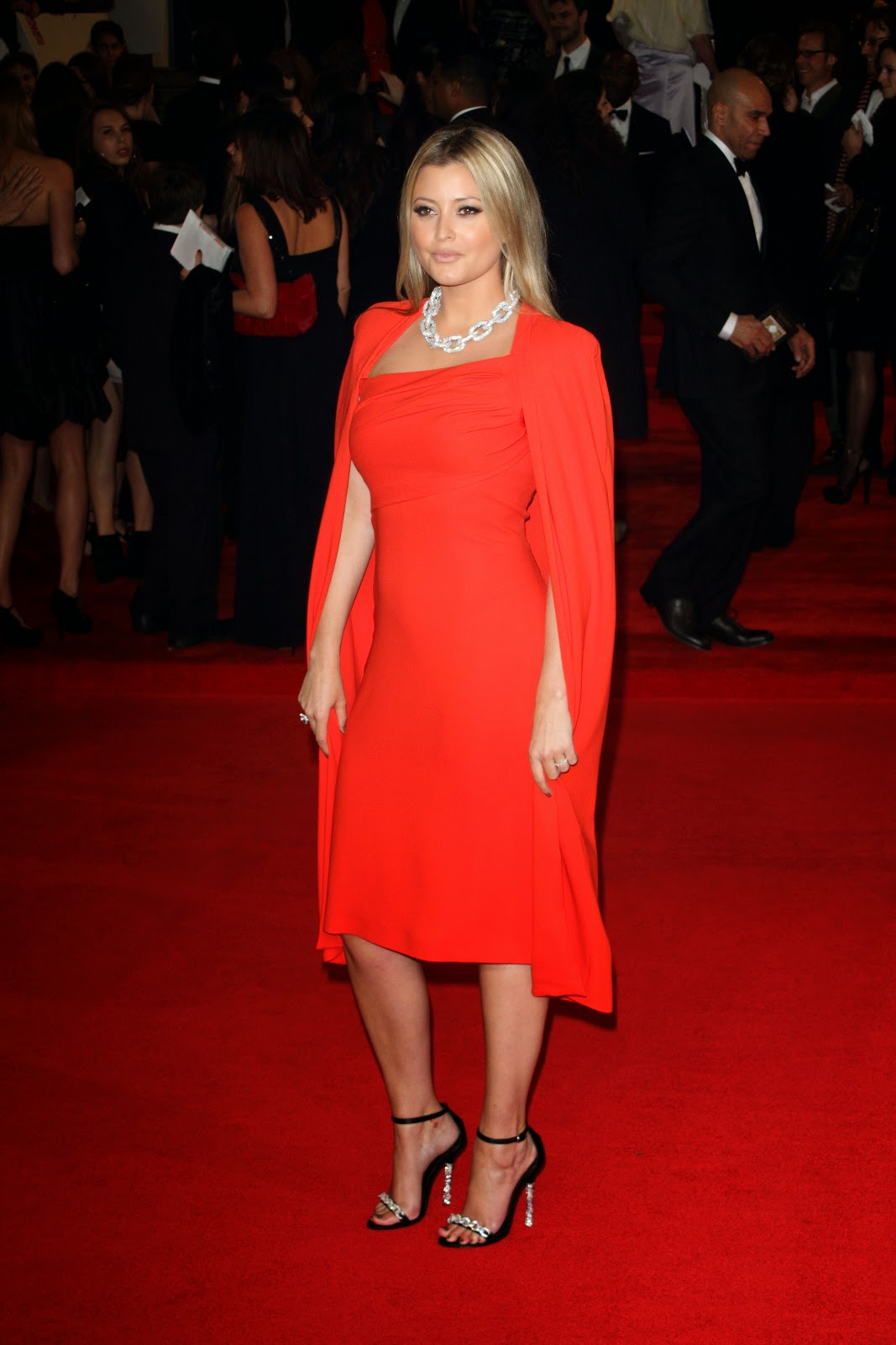Holly Valance Hd Pictures
