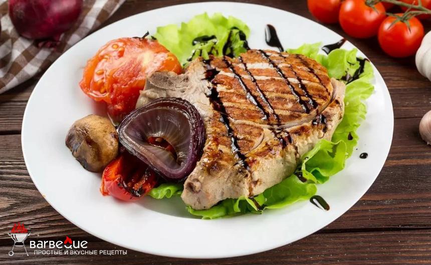 Свинина-гриль с квашеной капустой
