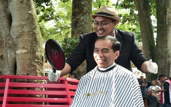 Jokowi Minta Myanmar Bebaskan Tahanan Politik, Andi Arief: Bebaskan Tapol?