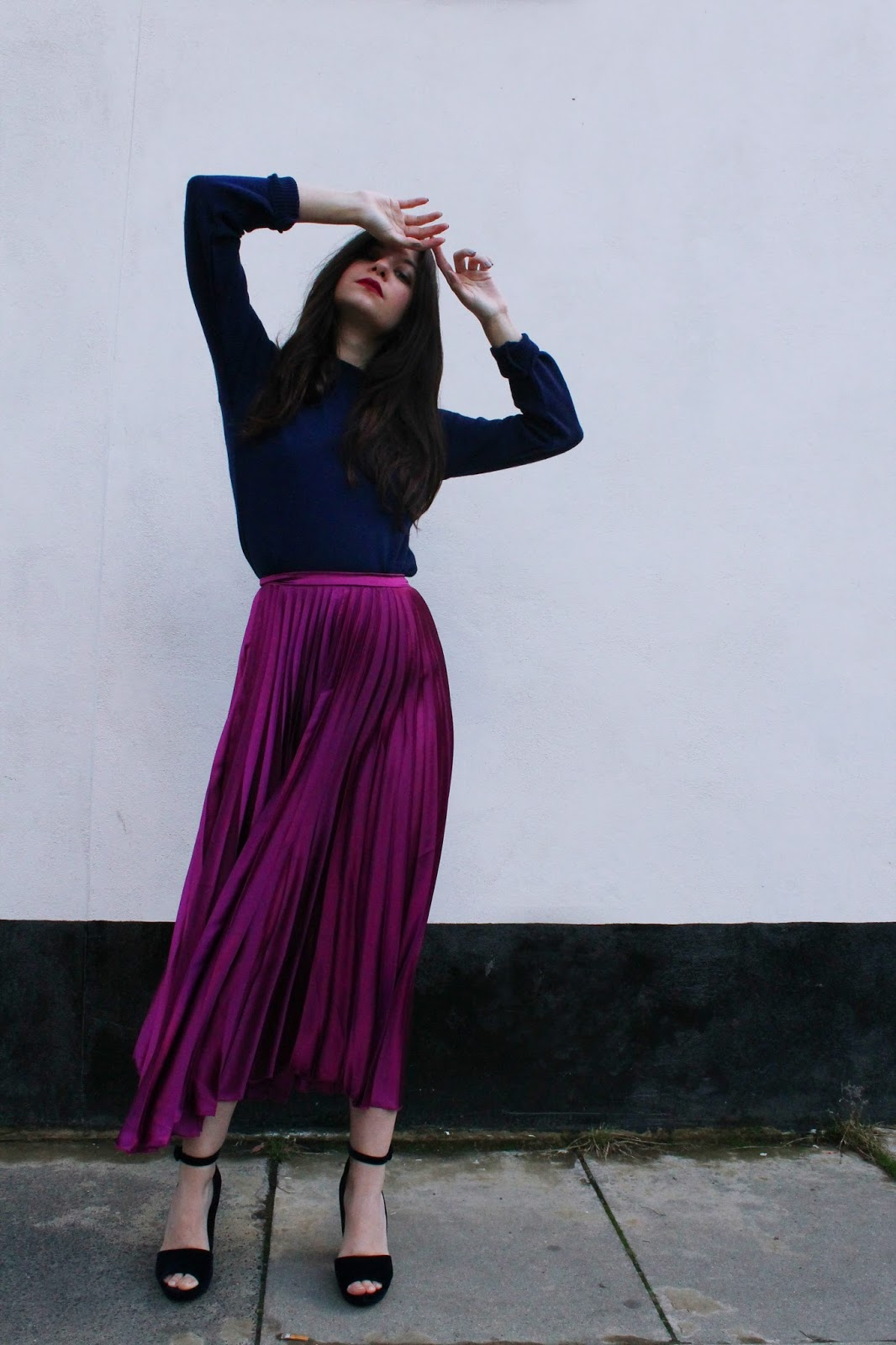 ASOS pleated midi skirt, VIDEO clothing, knitwear, knit, fbloggers, microinfluencer, velvet