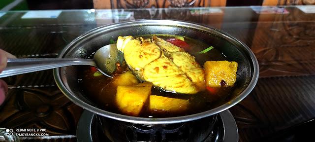 Masakan Khas Bangka Belitung Lempah Kuning