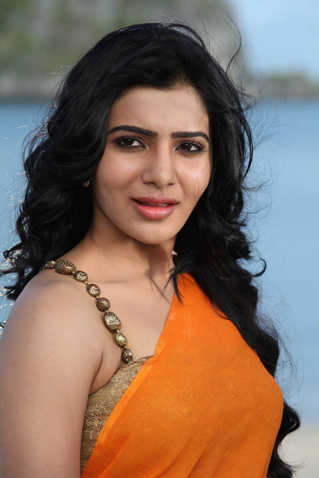 samantha hot and sexy