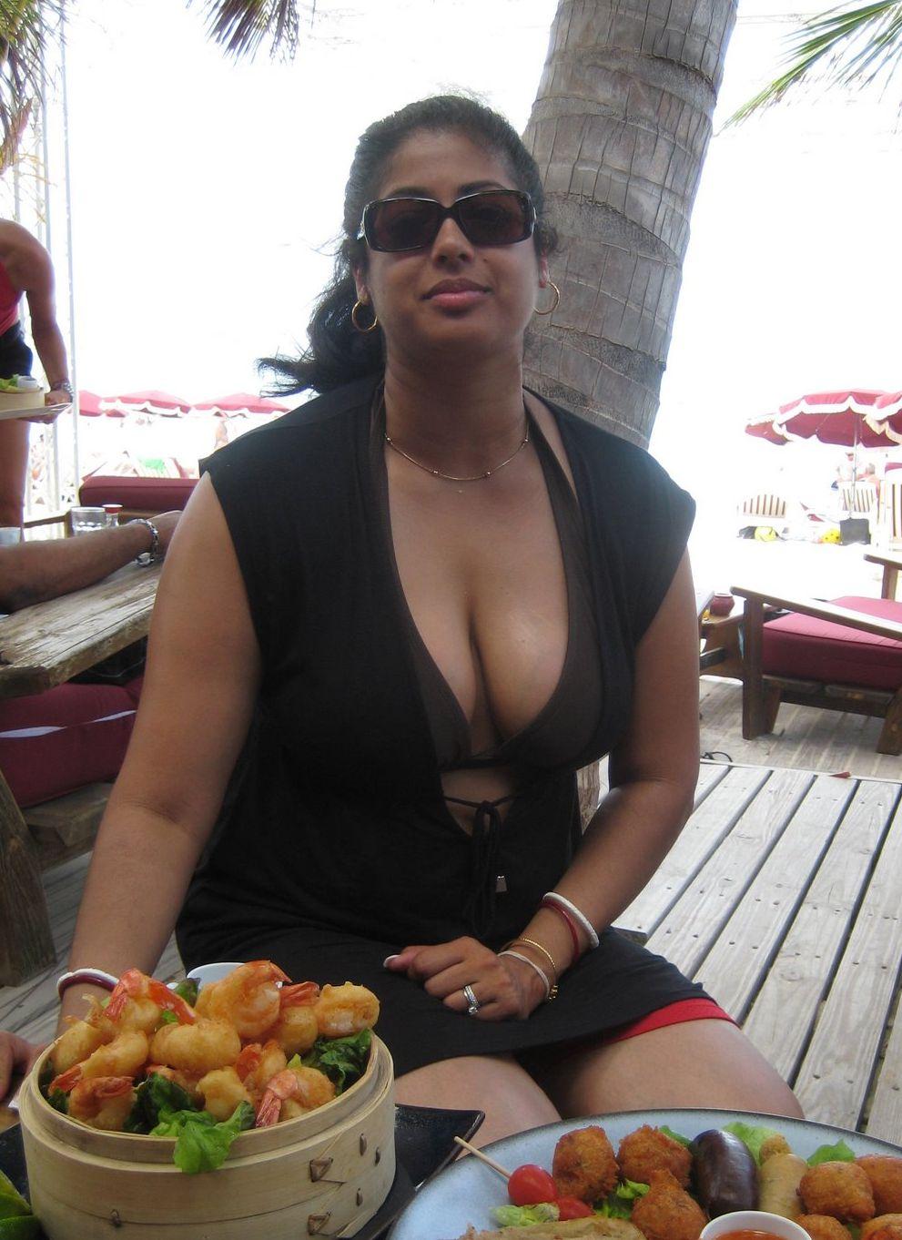 Innocent Indian Wife - Hd Latest Tamil Actress, Telugu -9327