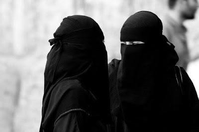 Syarat-syarat hijab Muslimah yang syar'i