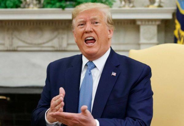 Tổng thống Trump thách Trung Quốc dám động vào Bãi Tư Chính