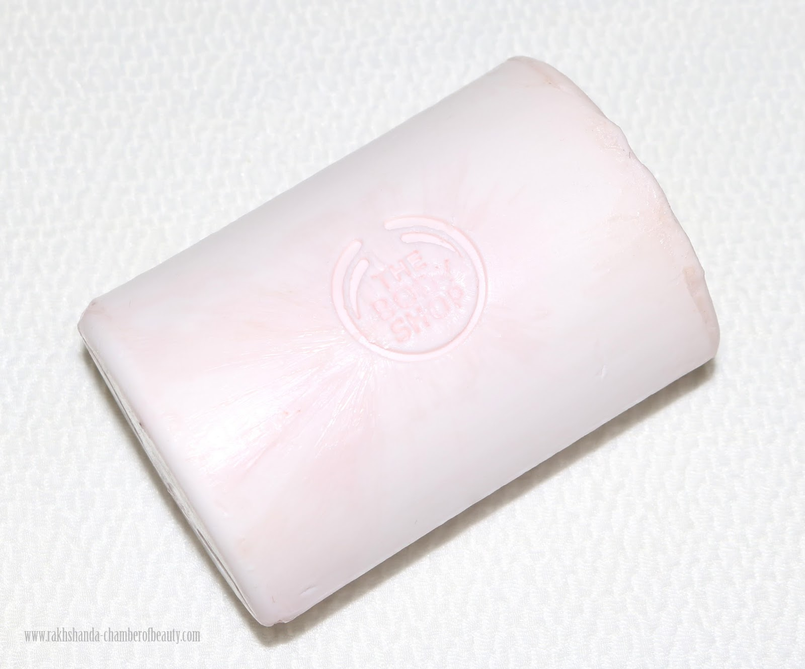 THE BODY SHOP, THE BODY SHOP FACIAL CLEANSING BAR REVIEW