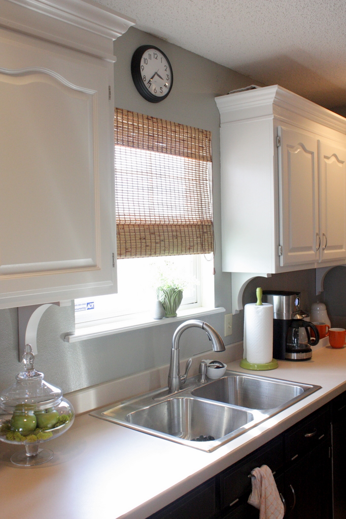 Sweet Something Designs: The Kitchen Facelift: One Year Later