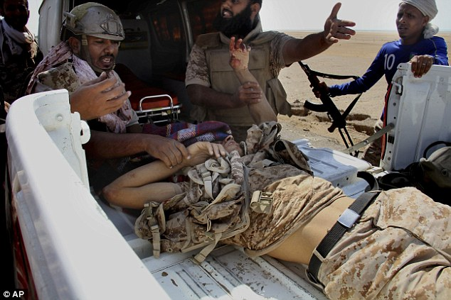US-backed military coalition in Yemen is 'secretly PAYING al-Qaeda to leave cities