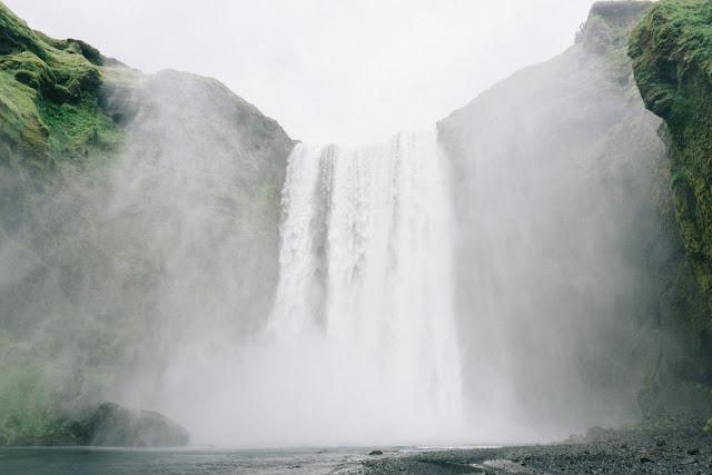 Skogafoss Photo by Rex Pickar on Unsplash
