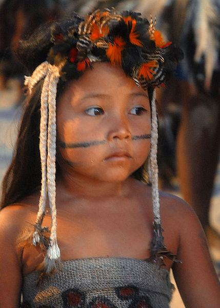 O contexto de uso da língua terena e língua portuguesa nas aldeias urbanas em Campo Grande-MS