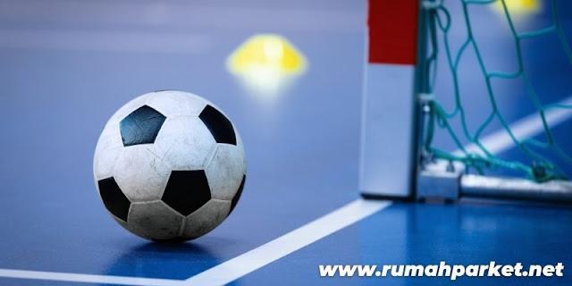 Jenis Lantai Untuk Lapangan Futsal Indoor - lantai semen dengan pengecatan diatasnya