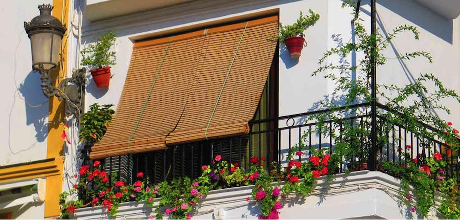 Persinas exteriores enrollables para ventanas