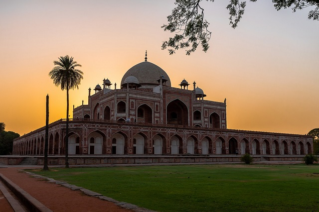 Humayun Tomb, Delhi  IMAGES, GIF, ANIMATED GIF, WALLPAPER, STICKER FOR WHATSAPP & FACEBOOK