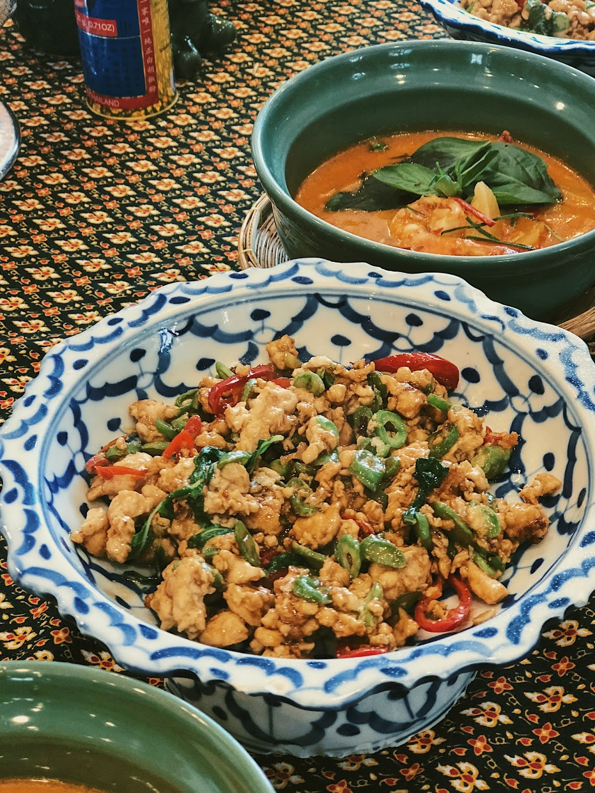Stir-fried chicken with holy basil leaves (phad kra prow gai)