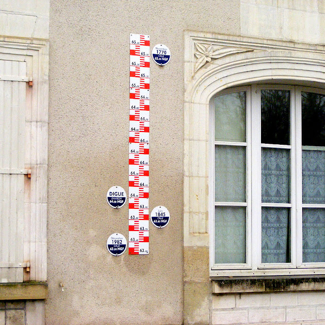 Flood marker, Reignac, Indre et Loire, France. Photo by Loire Valley Time Travel.