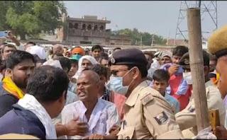 wrong-slogun-in-nitish-rally-bihar-election