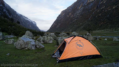 Campamento, Ichiccocha, laguna, trekking, nevado, santa cruz