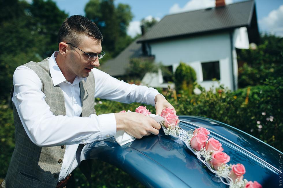 mašīnas pušķošana, kāzu auto Volkswagen Kafer
