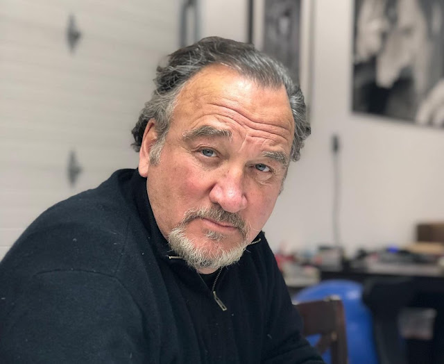 Jim Belushi wants his post be shared by as many Albanian 'brother and sisters' as possible