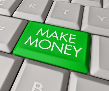 Menulis Kegiatan Sehari-hari dan Hasilkan Uang