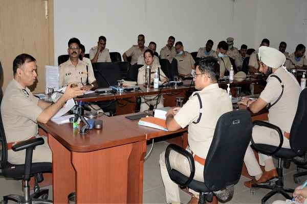 faridabad-cop-op-singh-advised-to-end-crime-in-district