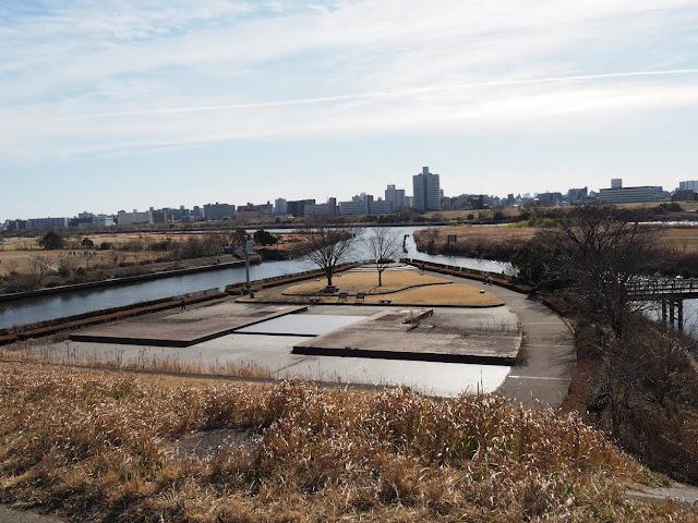 荒川自転車道 三嶺水門 三嶺水門メモリアルパーク