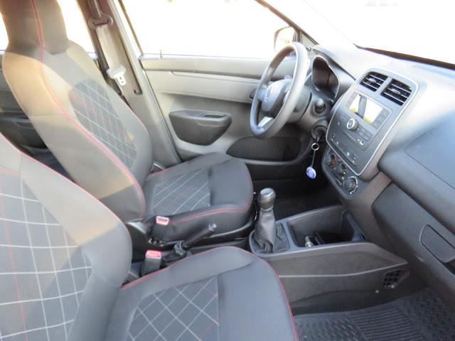 Renault Kwid 2018 - interior - painel
