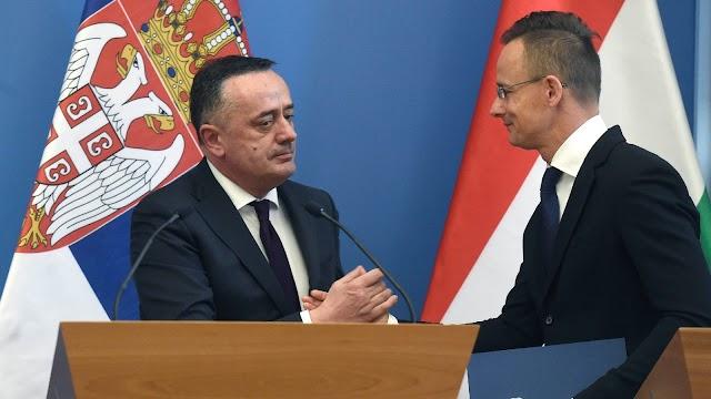 Szijjártó: 2021 októberétől érkezhet gáz Szerbia felől
