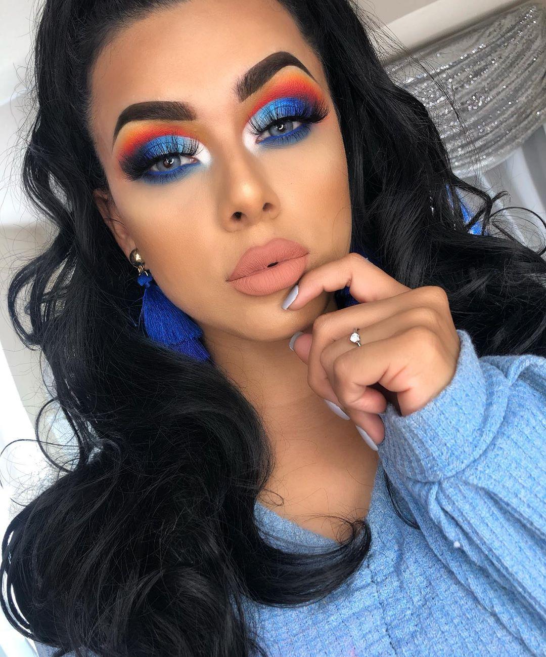 Maquiagem sombra azul