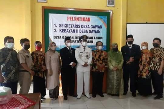 Pelantikan Sekretaris Desa dan Bayan Desa Gawan, Tanon, Sragen