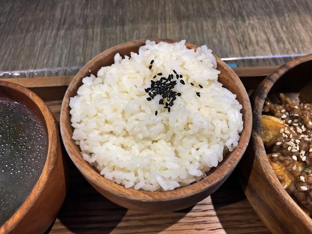 米堂Mitang南西店~台北捷運中山站素食、中山區新光三越蔬食