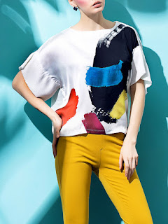https://www.stylewe.com/product/white-printed-abstract-casual-crew-neck-short-sleeved-top-33007.html