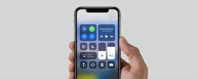 iPhone-X-screen-auto-dim iPhone X and iPhone 8 screen display dims in daylight, FIX Technology