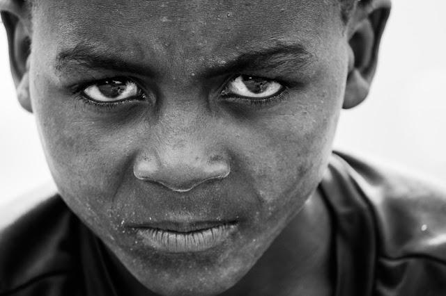 Muchacho dominicano de raza negra