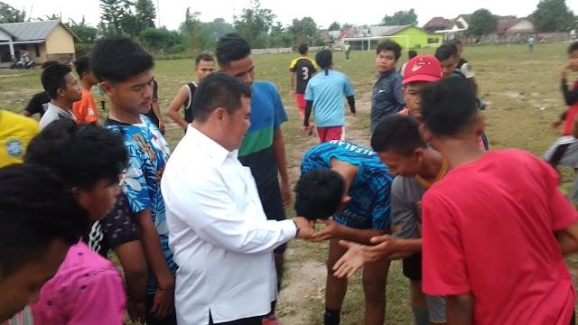 Bupati Oi Dukung Pembinaan Pemain Muda