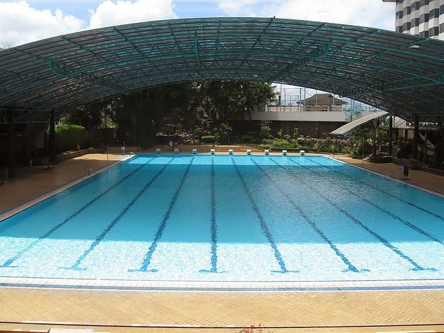 Olympic pools swimming pools for swimmers garden park - How far is 50 lengths of a swimming pool ...