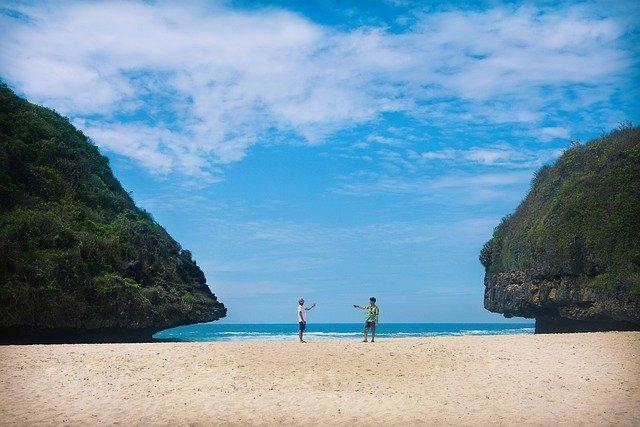 Pantai Terindah di Yogyakarta Yang Harus Dikunjungi