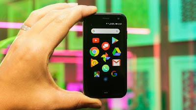 Palm lancia piccolo smartphone sidekick: RECENSIONE