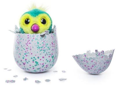 Интерактивный пингви Хетчималс - сюрприз в яйце