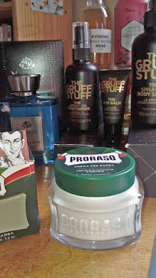 SKINCARE FRAGRANCE GIFTS
