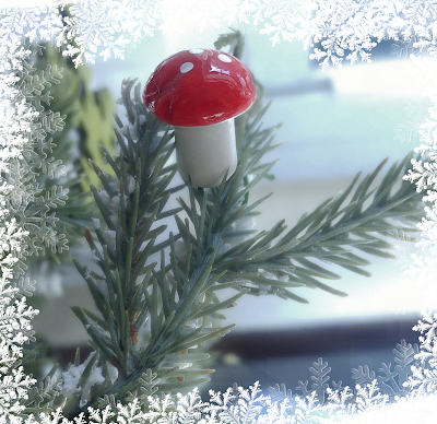 red and white small mushroom Christmas tree ornament decoration