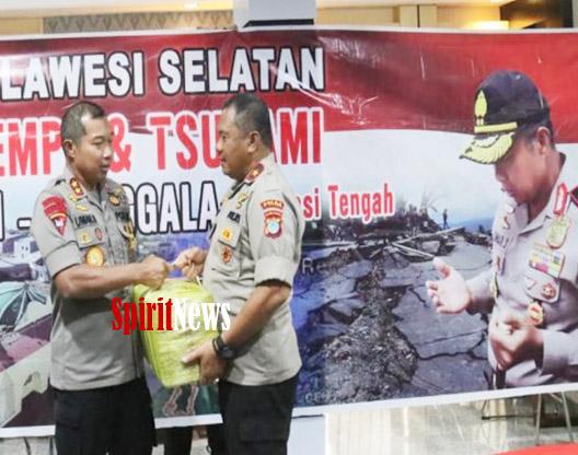 Kapolda Umar, Serahkan Bantuan 1,7 Miliar Untuk Korban Bencana Alam di Sulteng