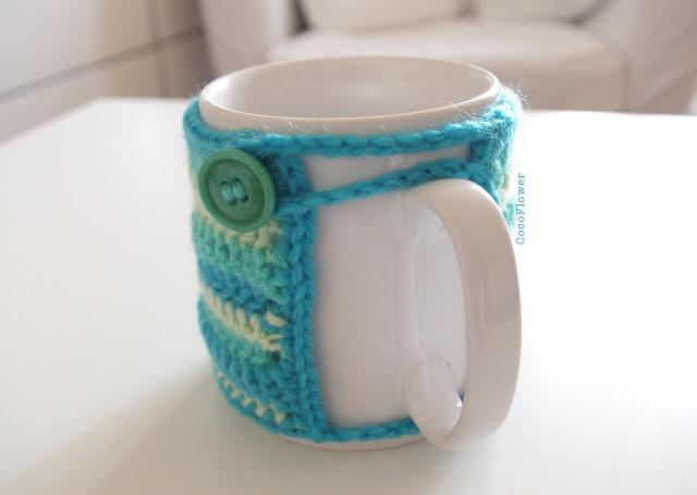 DIY Cozy Mug Couvre tasse crochet par CocoFlower- www.cocoflower.net